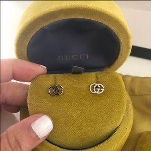 18k White gold Gucci Studs NWT